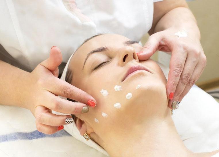 training-massage-cosmetics-consultation